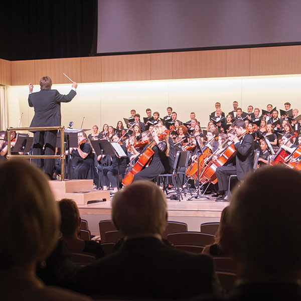 Jack Allocco conducting during the Glazer Gala
