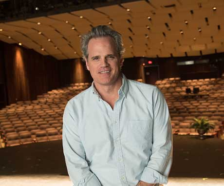 Michael Park, Broadway actor and Naz alum, will speak at Commencement 2018